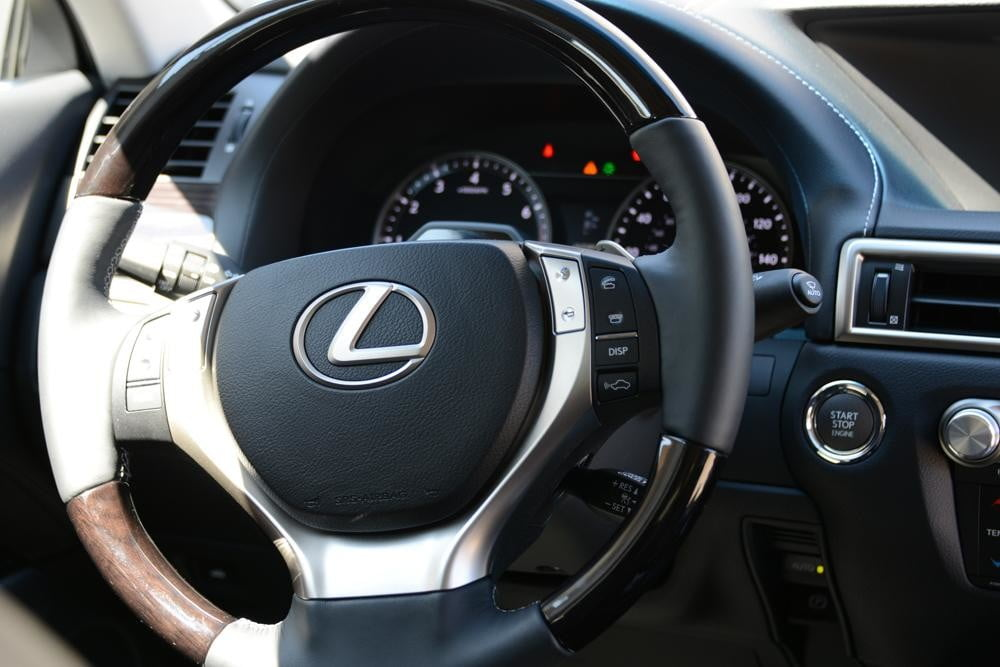 2013 Lexus GS 350 review steering wheel sedan interior