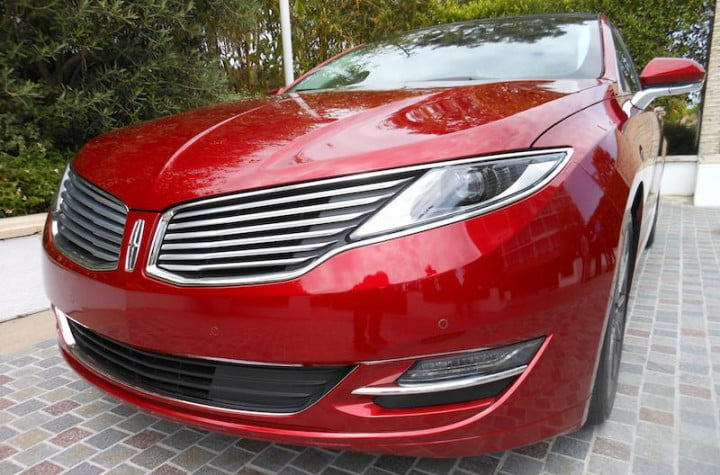first drive lincolns  mkz hybrid makes going green easy but lacks luxury lincoln exterior front