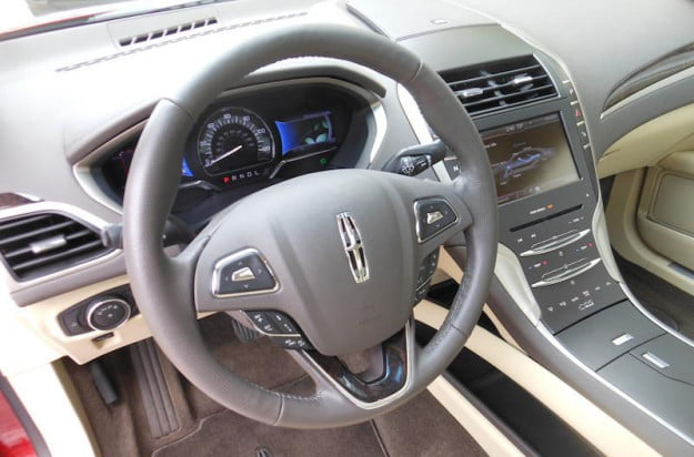 2013 Lincoln MKZ Hybrid interior front