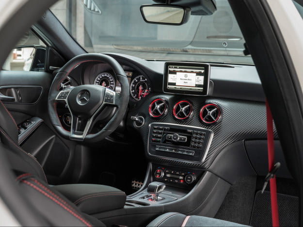 2013-Mercedes-Benz-A-45-AMG interior