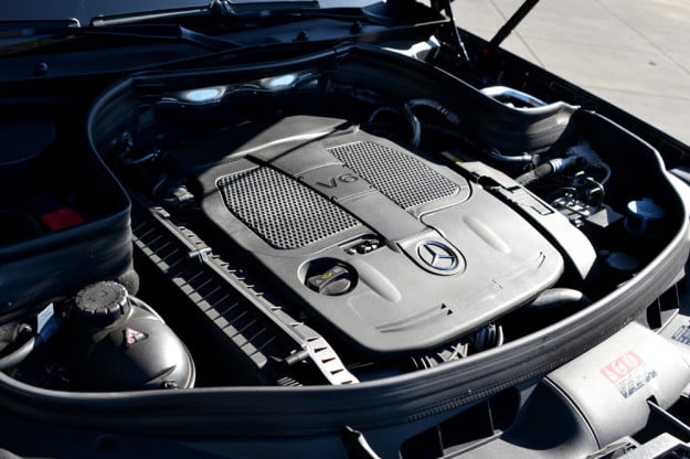 2013 Mercedes GLK350 exterior engine