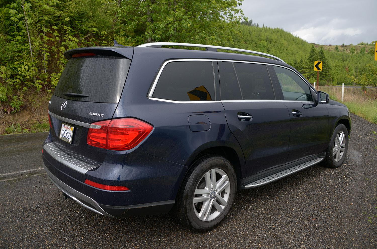 2013 mercedes gl350 bluetec review digital trends for Mercedes benz gas chambers