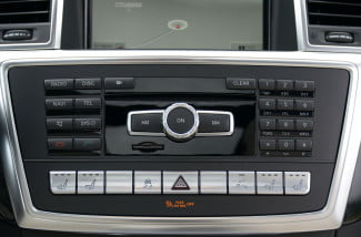 2013 Mercedes_Benz GL350 stereo