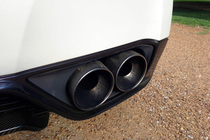 nissan gt r review tailpipe