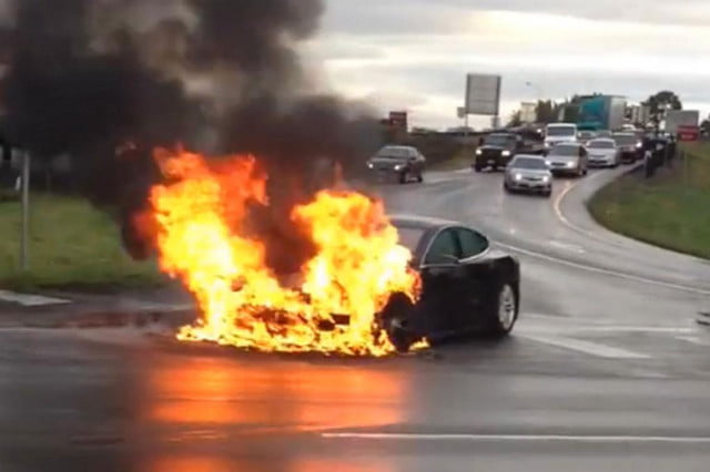 things heating tesla third car fire six weeks  model s