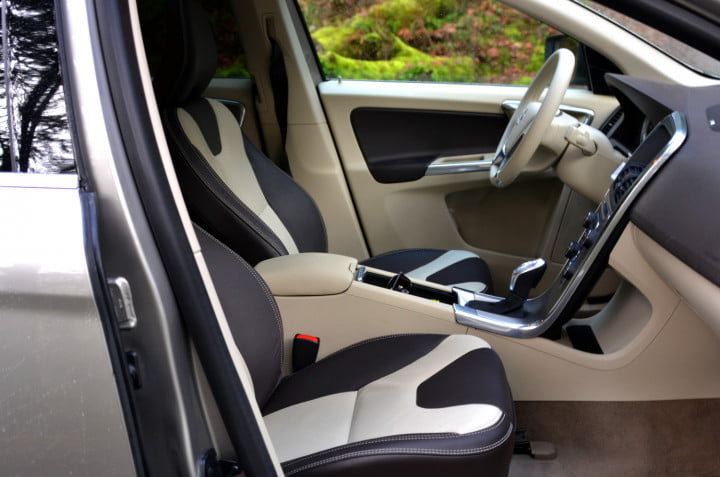 review  volvo xc interior front