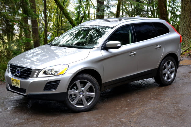 2013 volvo xc60 front angle