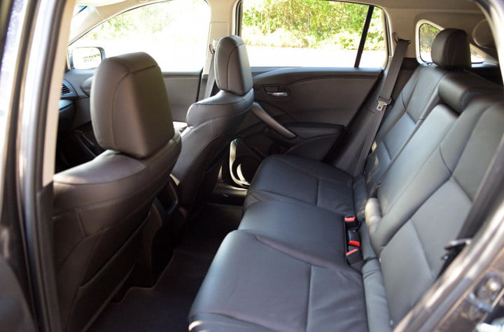 acura rdx review interior back