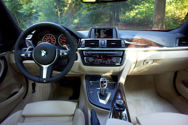 2014 BMW 4 Series front interior
