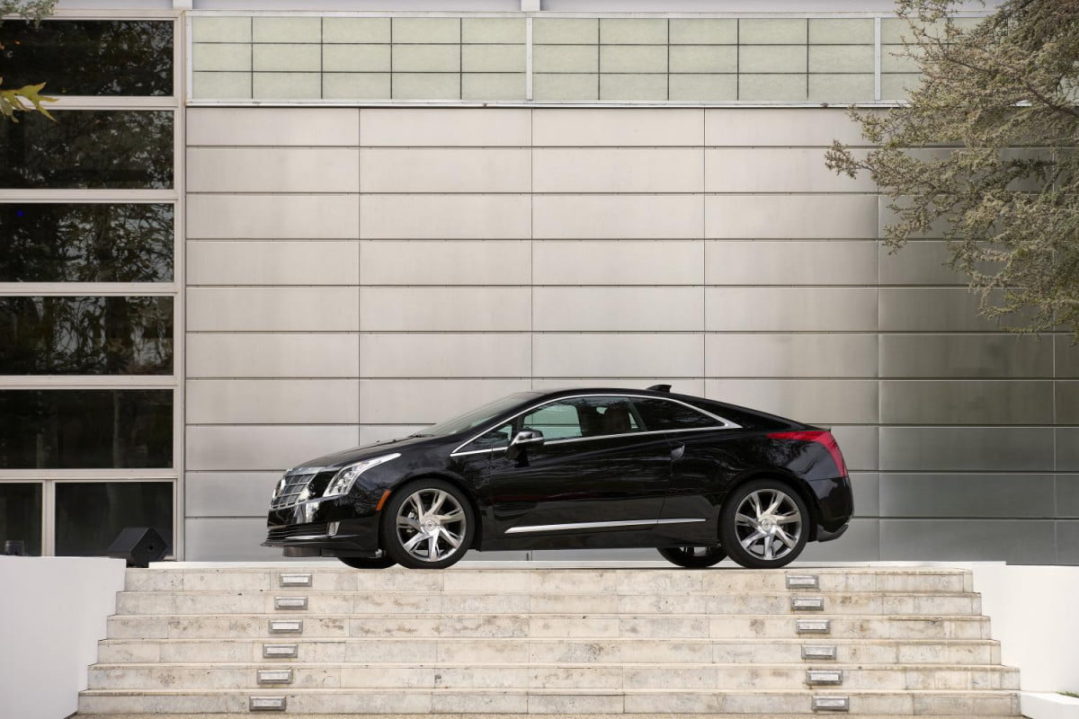 cadillac elr expensive going bmw
