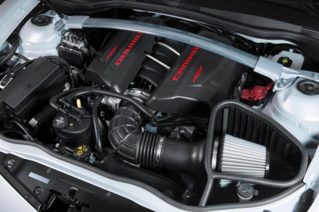 2014 Chevrolet Camaro Z/28 engine