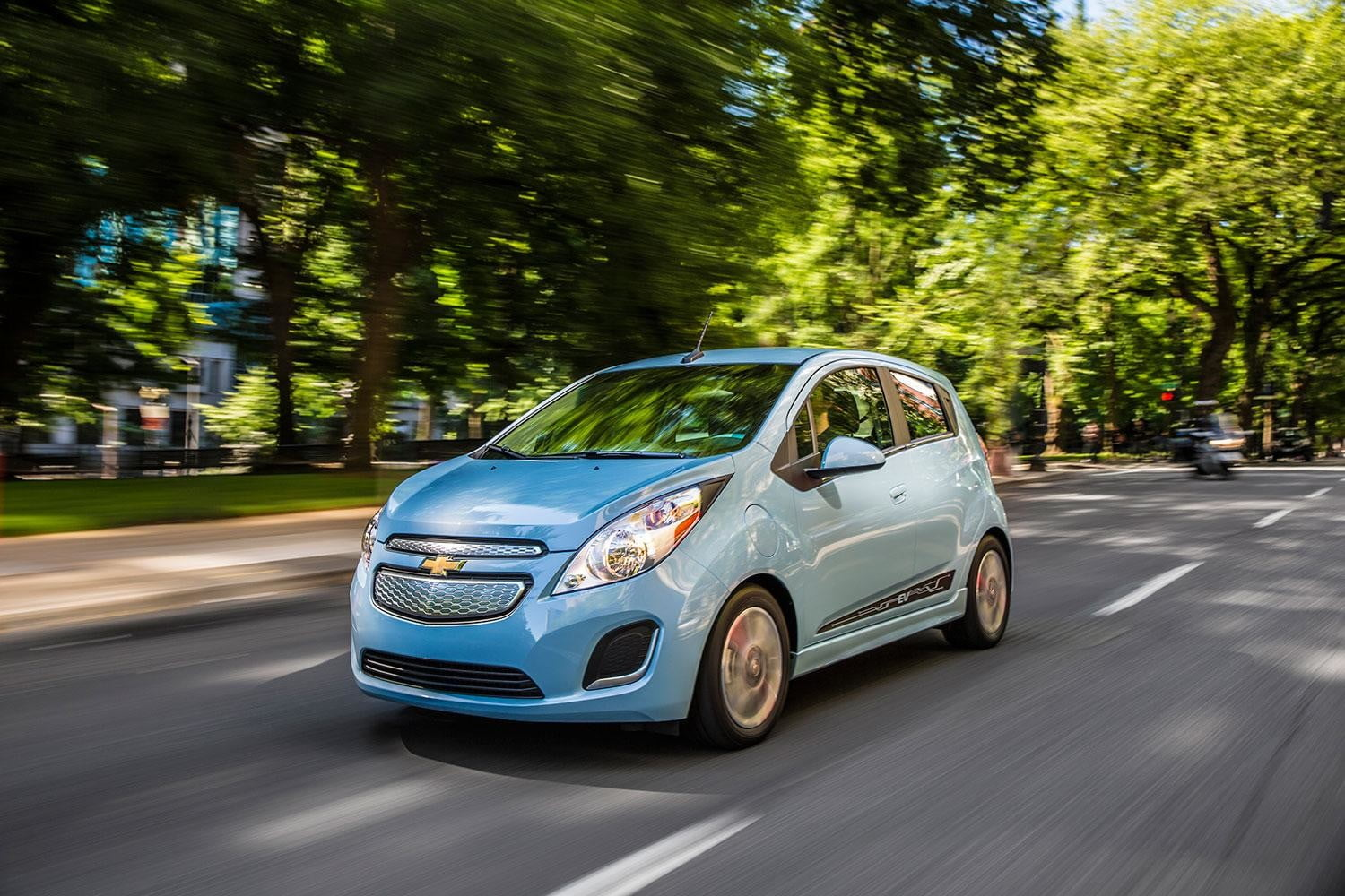 2014 Chevrolet SparkEV exterior front left angle motion