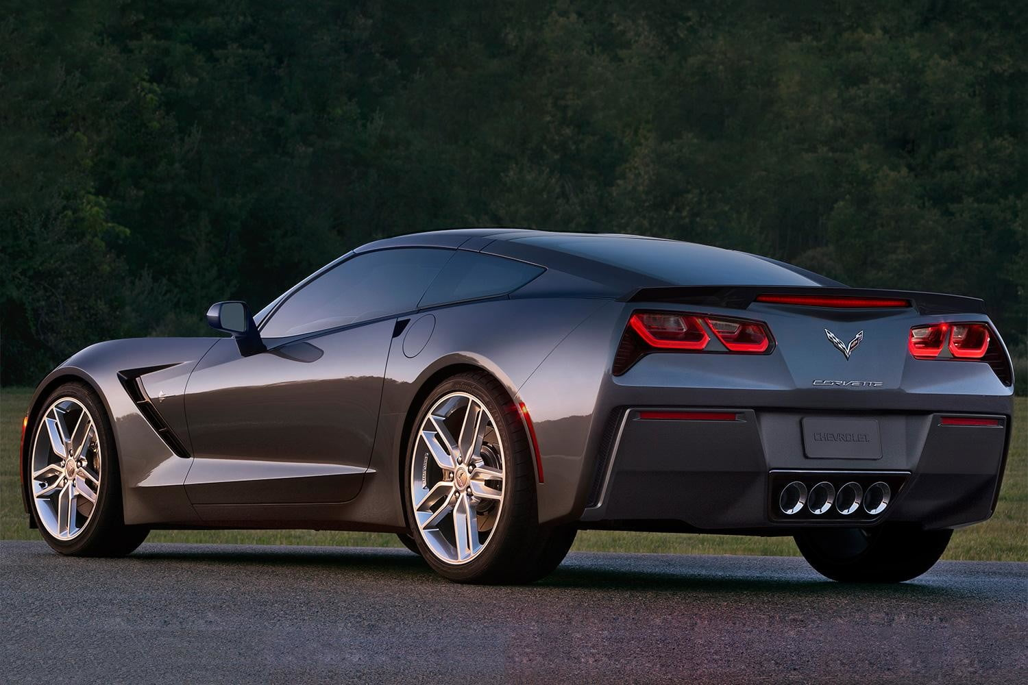 2014 Corvette Stingray exterior charcoal rear left angle