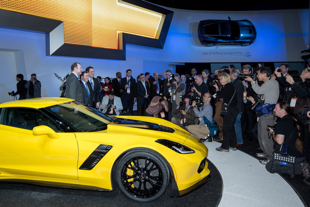 what we learned  detroit auto show corvette stingray