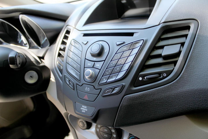 ford fiesta se review console buttons