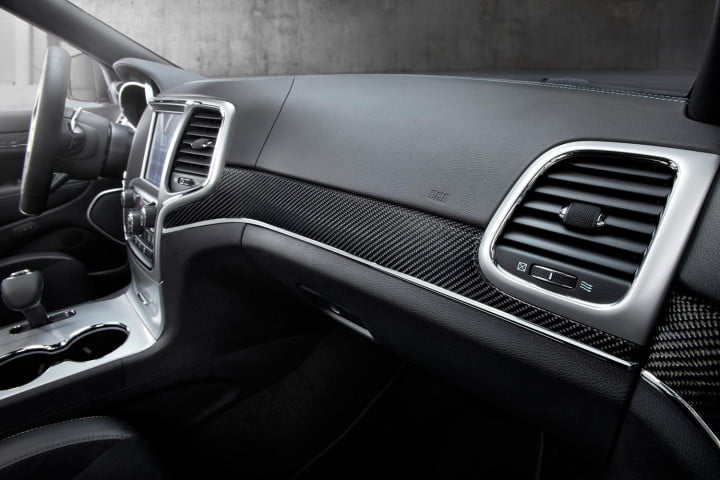 jeep grand cherokee srt review front dash