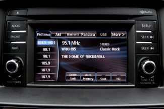 2014-Mazda6-i-Touring-review-center-screen-radio