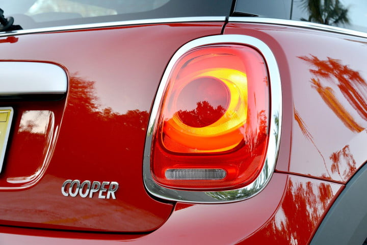 mini cooper hardtop review s taillight