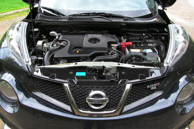 2014 Nissan Juke NISMO RS engine