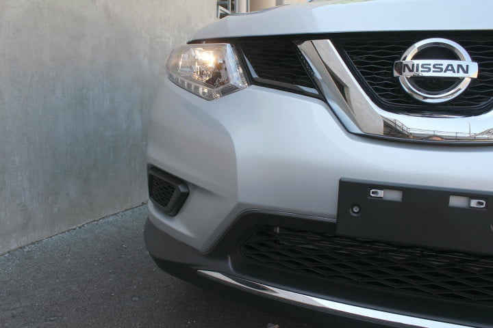 nissan rogue sv review headlight