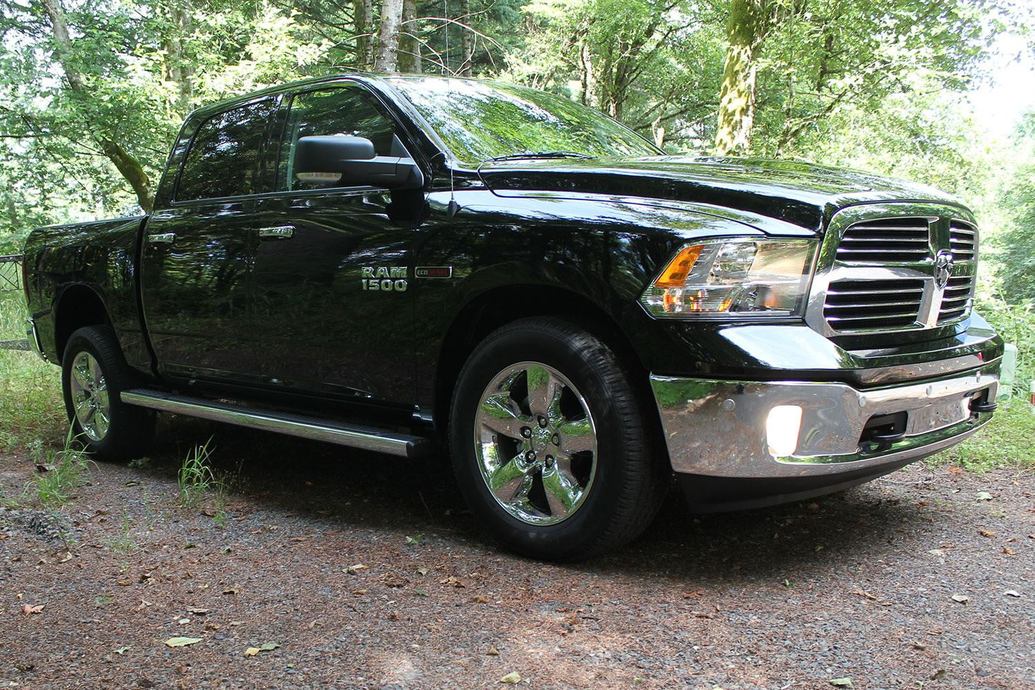 2015 ram 1500 ecodiesel review digital trends. Black Bedroom Furniture Sets. Home Design Ideas