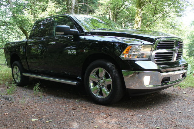 2014 Ram 1500 EcoDiesel front left angle
