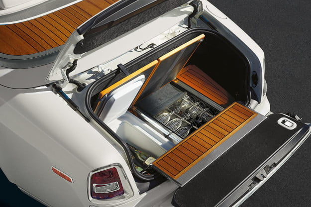 2014 Rolls-Royce Phantom Drophead Coupe trunk