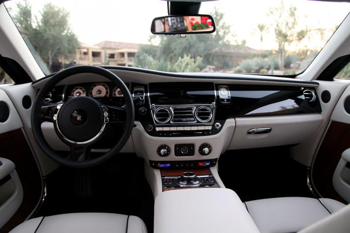 rolls royce wraith review front cabin