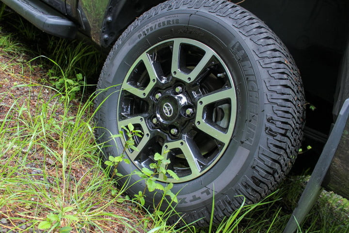 toyota tundra review rim