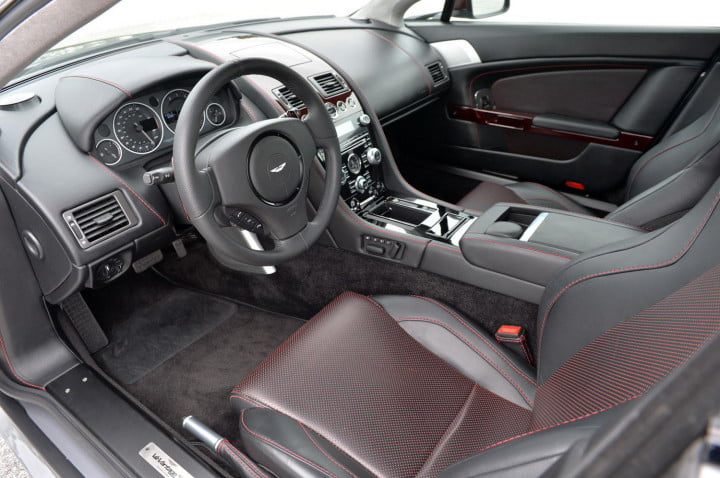 aston martin v vantage s review (gray) dash and console