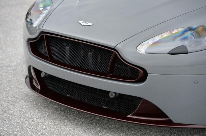 aston martin v vantage s review (gray) grille