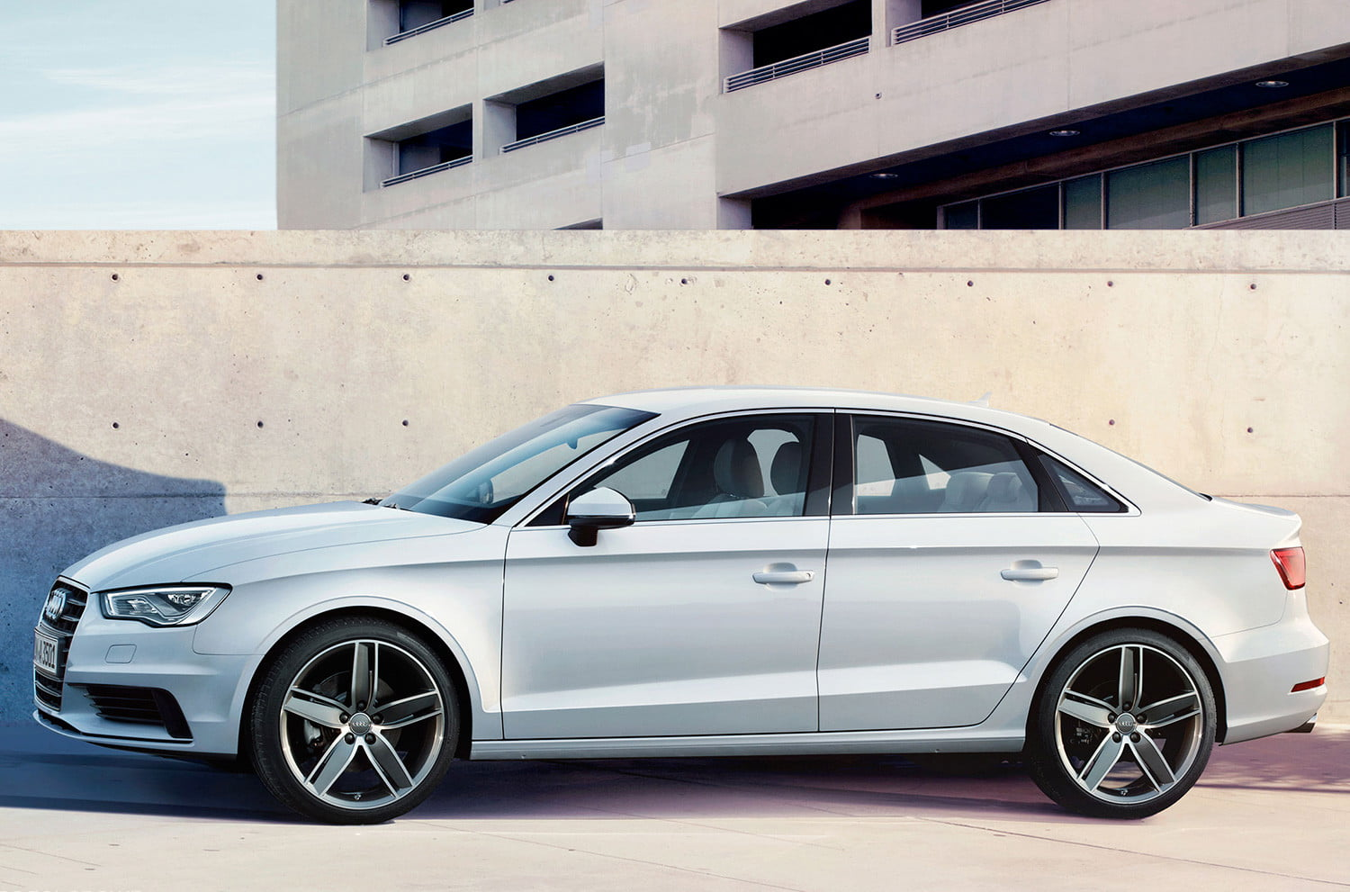 2015 audi a3 vs 2014 mercedes benz cla250 digital trends. Black Bedroom Furniture Sets. Home Design Ideas