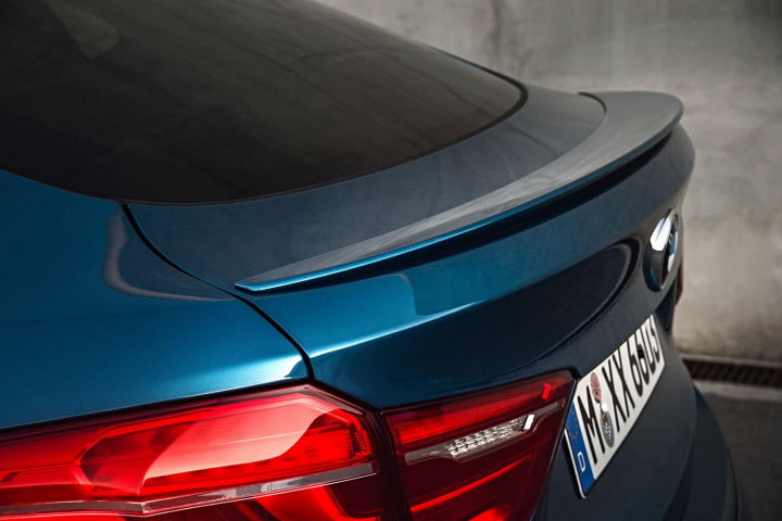 bmw x m review back fin