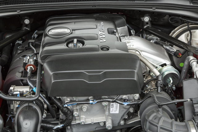 2015 Cadillac ATS Coupe engine 2