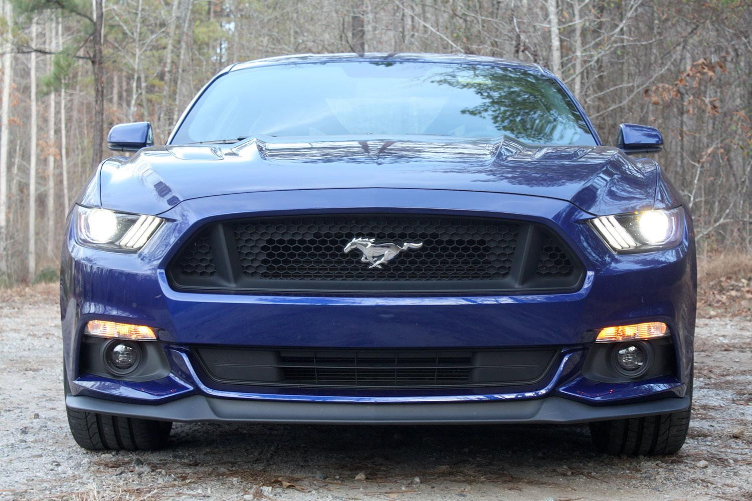 2015 ford mustang gt review digital trends. Black Bedroom Furniture Sets. Home Design Ideas