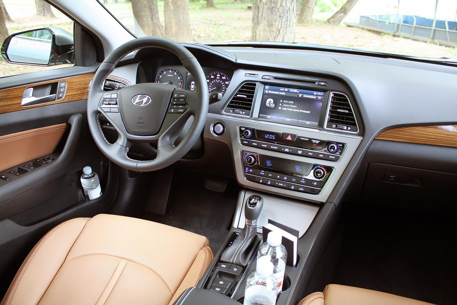 2015 hyundai sonata sport review digital trends. Black Bedroom Furniture Sets. Home Design Ideas