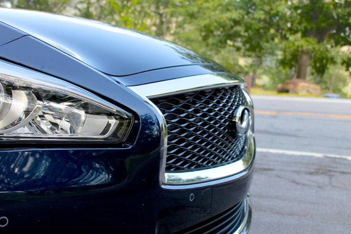 infiniti q review grill side