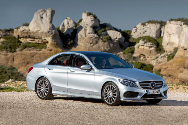 2015 Mercedes-Benz C-Class front angle