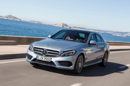 2015 Mercedes-Benz C-Class front left angle driving