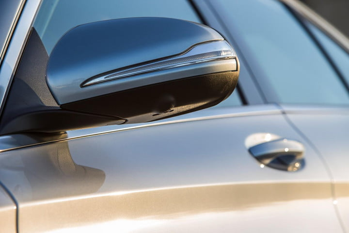 mercedes benz c class review wing mirror