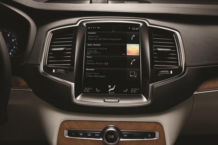 volvo brings minimalist touch car infotainment new xc
