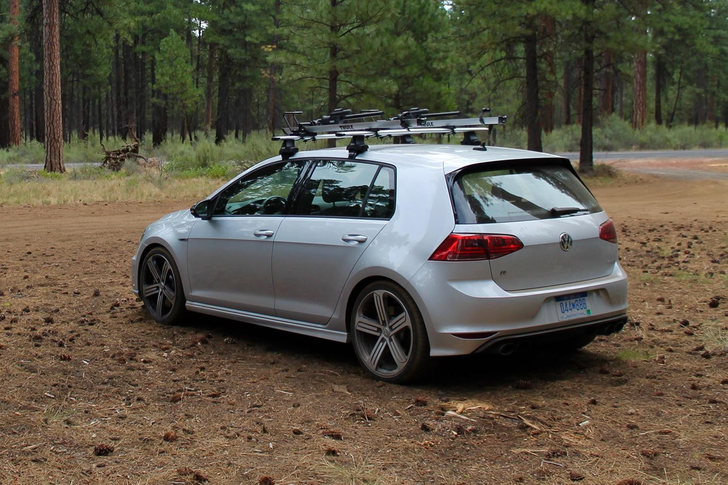 2015 vw golf r review pictures specs performance digital trends. Black Bedroom Furniture Sets. Home Design Ideas