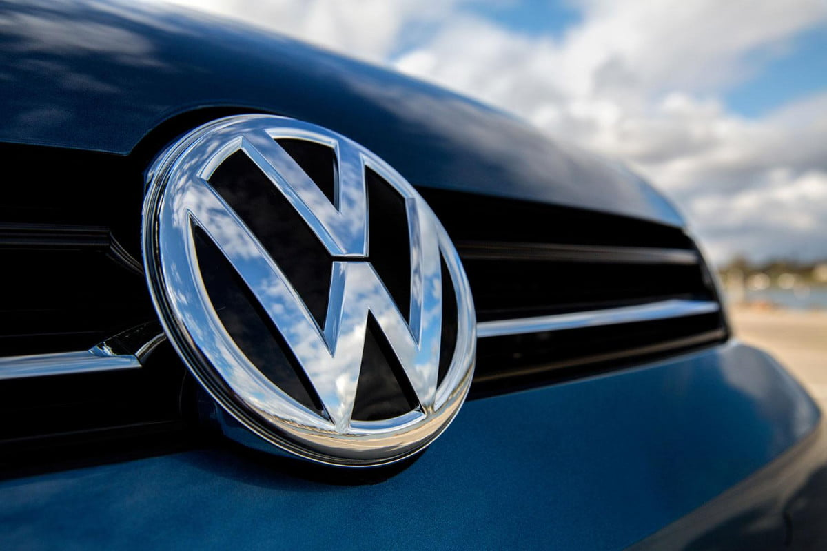 now vw says  of its vehicles have co issues golf sportwagen badge front