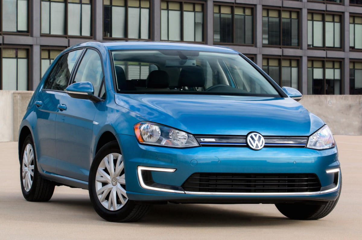 volkswagen offers more affordable e golf trim level  egolf limited edition