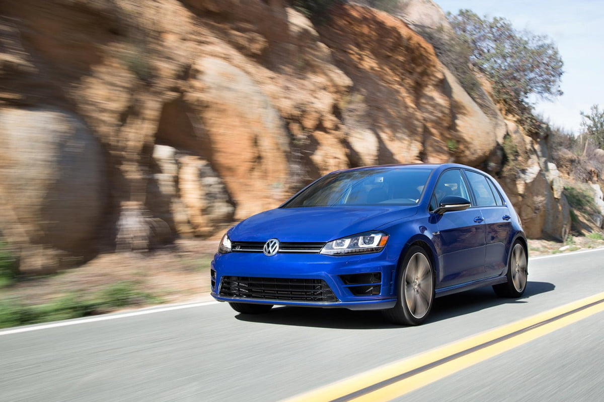 2015 volkswagen golf r 4motion all wheel drive system fights physics creating a middle class. Black Bedroom Furniture Sets. Home Design Ideas