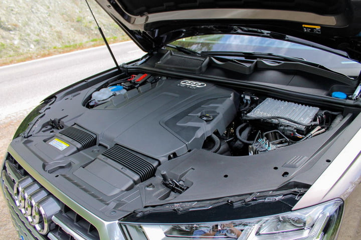 audi q first drive under the hood
