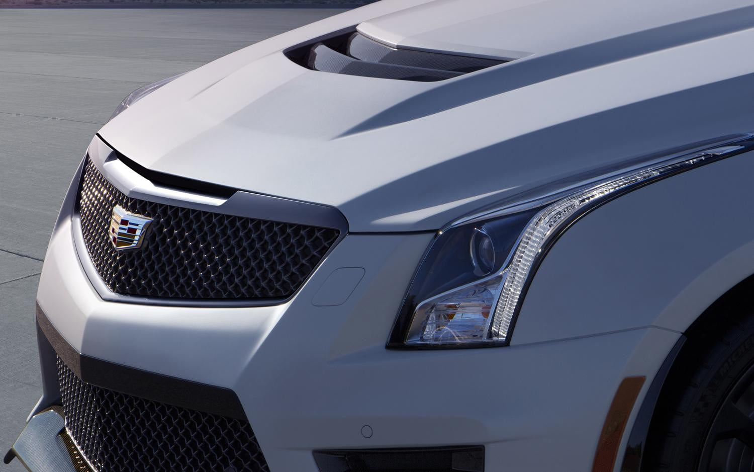 2016 Cadillac ATS-V   Official specs, pictures, and ...