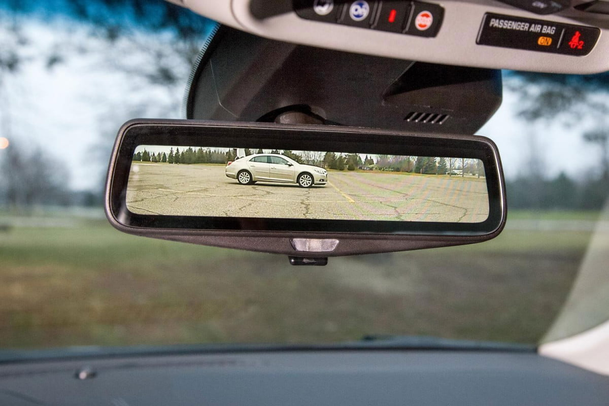 gm camera rearview mirrir approved by nhtsa  cadillac ct