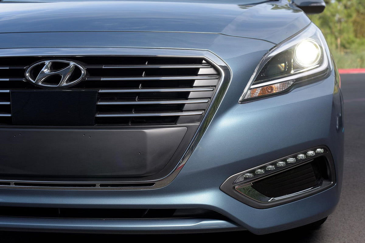 hyundai cisco collaboration on connected car tech  sonata plug in hybrid front grill