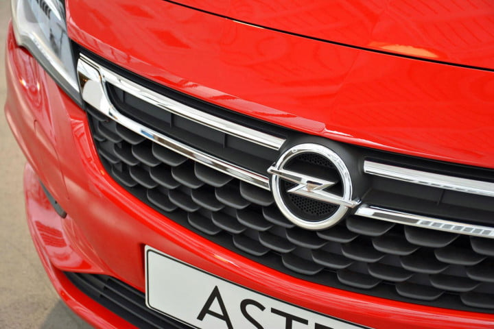 opel astra performance specs pictures hands on front badge